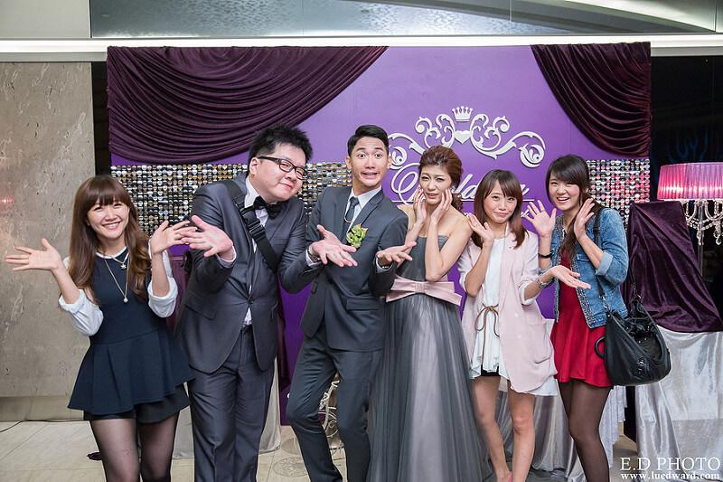 [婚攝] 任緯&怡萱 婚禮紀錄|高雄夢時代雅悅會館晶鑽廳